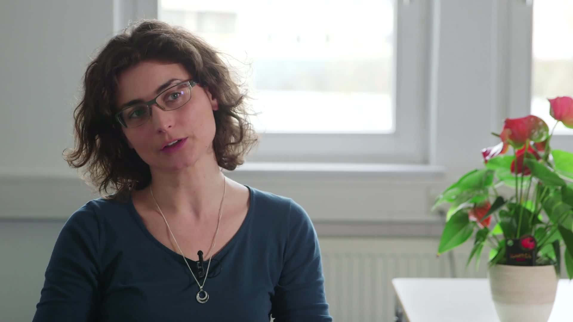 Prof. Dr. Susanne Bruckmüller - Wie hängt Sprache mit Denken zusammen? preview image
