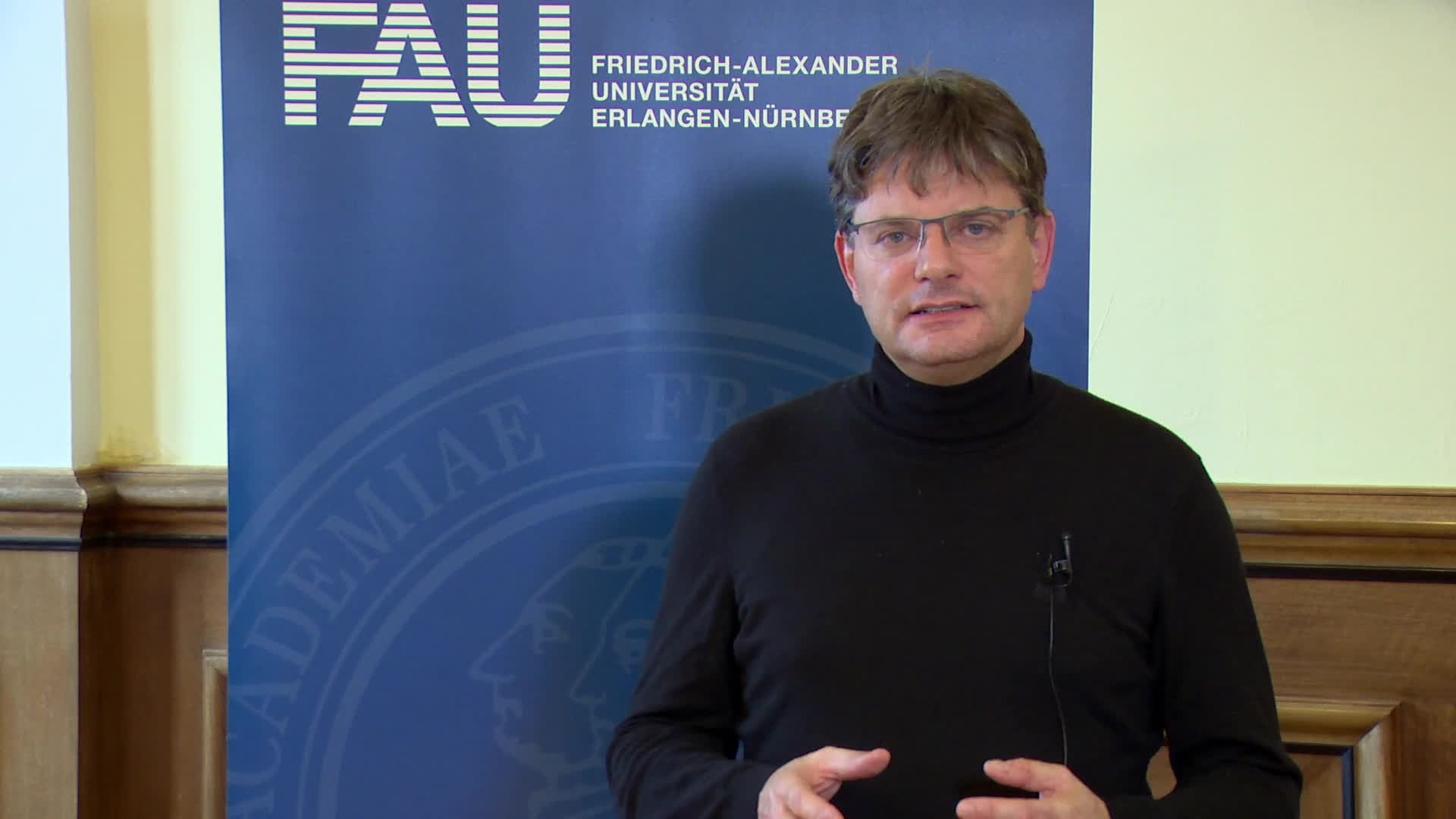 Bild zum Video Corona Virus: President Joachim Hornegger on the current situation at FAU